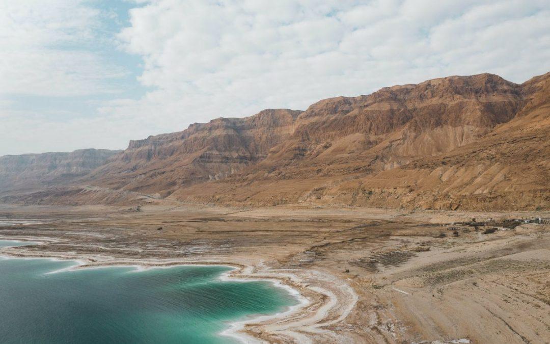 Verstommende ontdekkings in die Gruwelgrot by Qumran